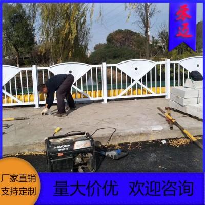 不锈钢护栏 景区塑钢护栏 塑钢围墙护栏